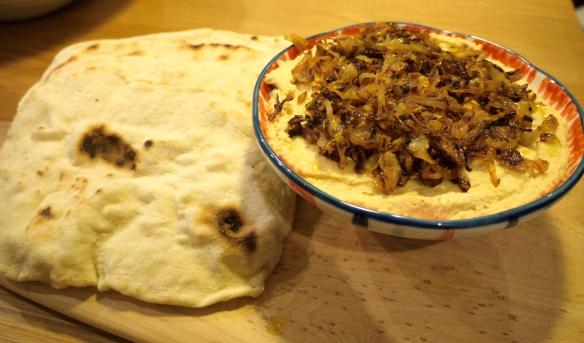 Moro Hummus